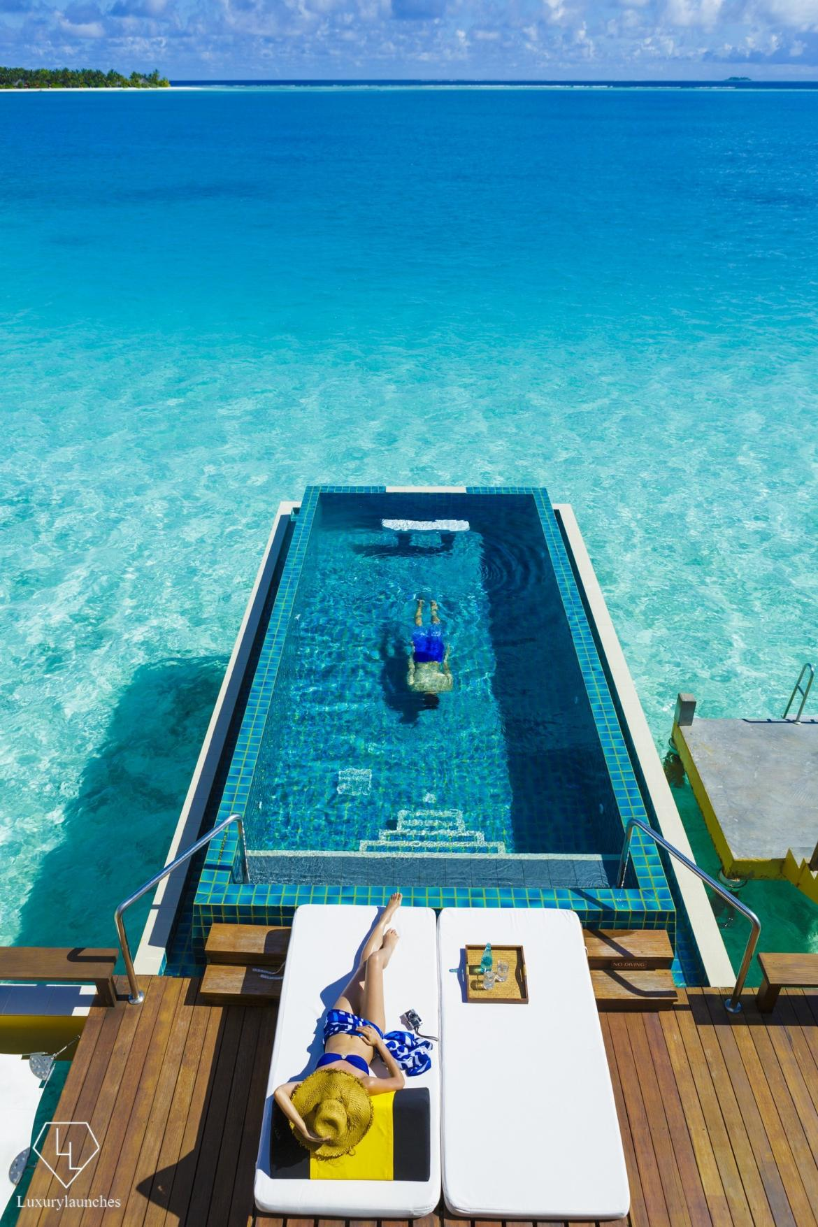 Top 8 Luxurious Villas In Maldives 2017