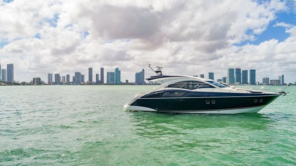 Miami Yacht Rental 43 Marquis LUXURY LINERS