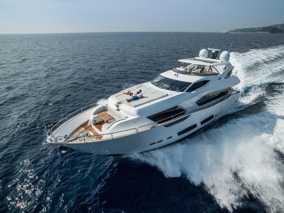 sunseeker_luxury_yacht