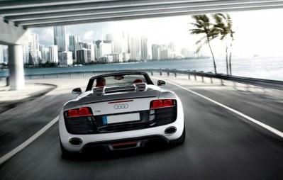 Audi_r8_spyder-rental-miami