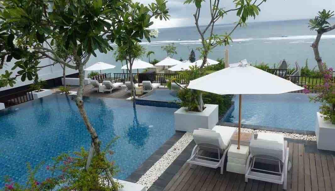 nusa-dua-resort-samabe-bali-suites-and-villas-the-traveller-s-guide-by-ljojlo_orig