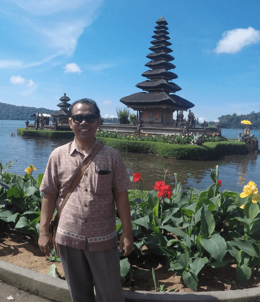 nyoman-the-traveller-s-guide-by-ljojlo_orig