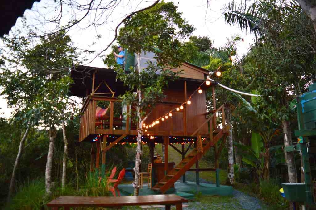 Coolest Airbnbs - A Treehouse in Puerto Rico - Luxury Travel Hacks