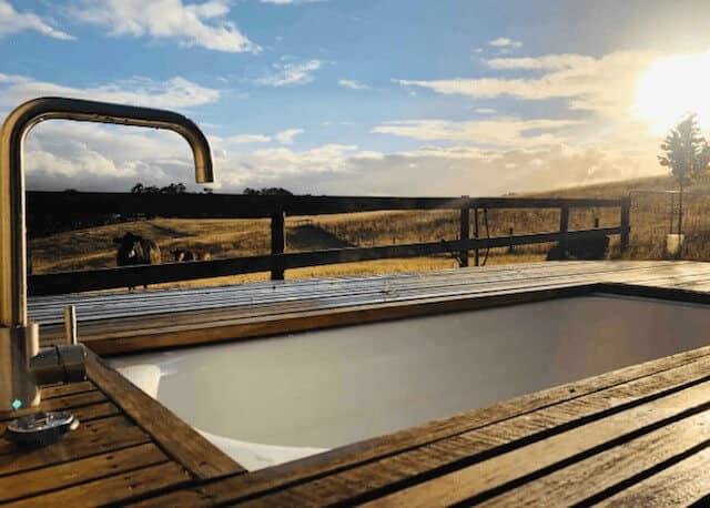 Outside Bathrub - Airbnb Adelaide Hillts - Luxury Travel Hacks