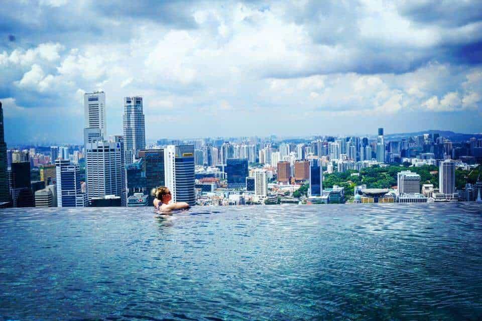Valentine's Breaks - Marina Bay Sands Pool