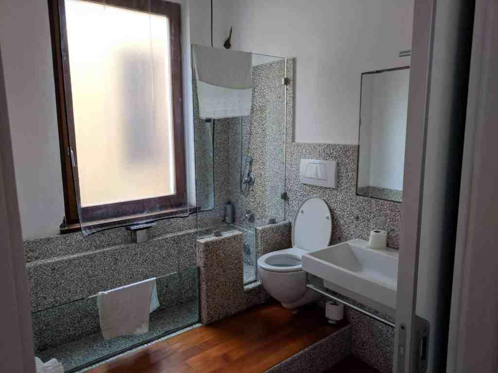 Bathroom - Cinque Terra Airbnb - Luxury Travel Hacks