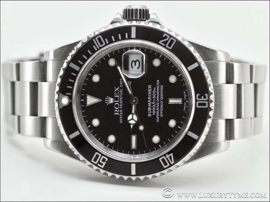 comparative review the rolex submariner 16610 vs the rolex submariner 116610 luxury tyme. Black Bedroom Furniture Sets. Home Design Ideas