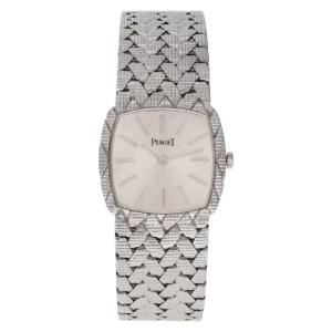 Piaget 101568 18k white gold 23mm Manual watch