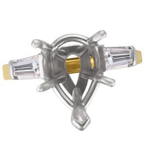 18k & platinum pear shape diamond setting w/ diamond accents. 0.50ct (J, VVS2)