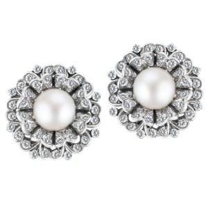 Pearl & diamond earrings in 18k white gold