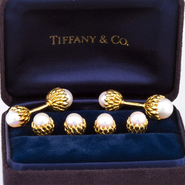 Tiffany & Co Schlumberger 18k gold Acorn cufflins stud set With Pearls.