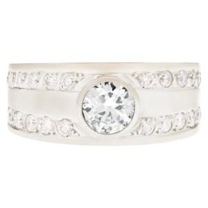 Gents diamond ring in 18k white gold. 0.75 carat center diamond (K-L, SI1)