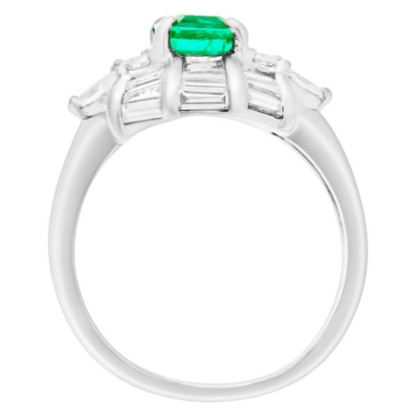 Emerald & diamond ring in platinum. Approx. 1.25 carat emerald.