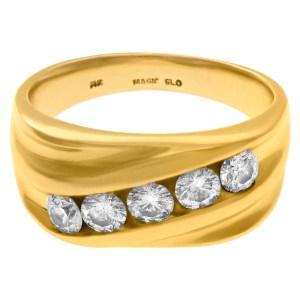 Striking five diamond ring in 14k yellow gold. 0.50 carats in diamonds. Size 10