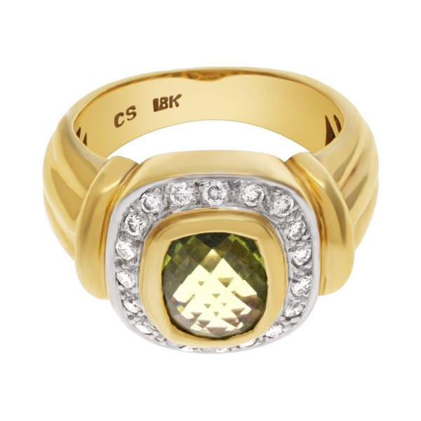 Diamond Ring with center Peridot stone in 18k yellow gold approx. 072 Carats in Diamonds