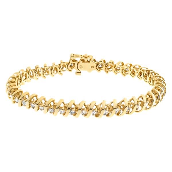 Diamond line bracelet in 14k yellow gold