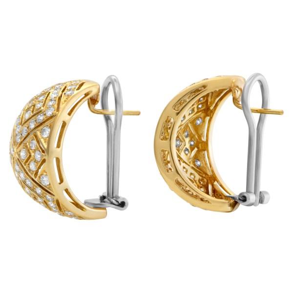 Diamond huggies earrings in 18k