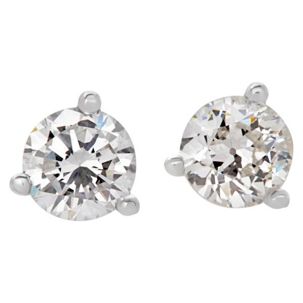 GIA certified diamond studs 0.28 carat (E color, VS2 clarity) and 0.26 carat (G color, VS2 clarity)