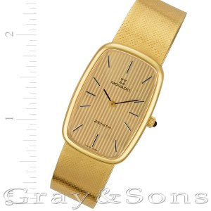 Movado Classic 18k 24mm Manual watch