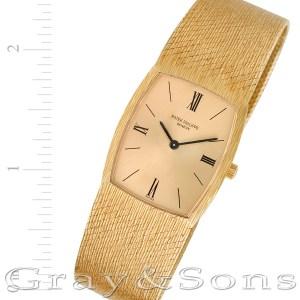 Patek Philippe Classic 3528-3 18k 26mm Manual watch
