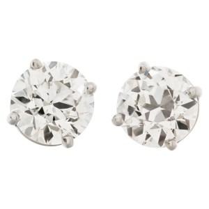 GIA certified round brilliant cut diamond 1.01 carat (I color, VS1 clarity) and 1.02 carat (I color, VVS1 clarity)
