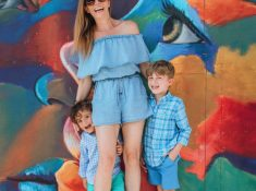 Family Photo Mom and Kids Fashion Advice Photography Tips