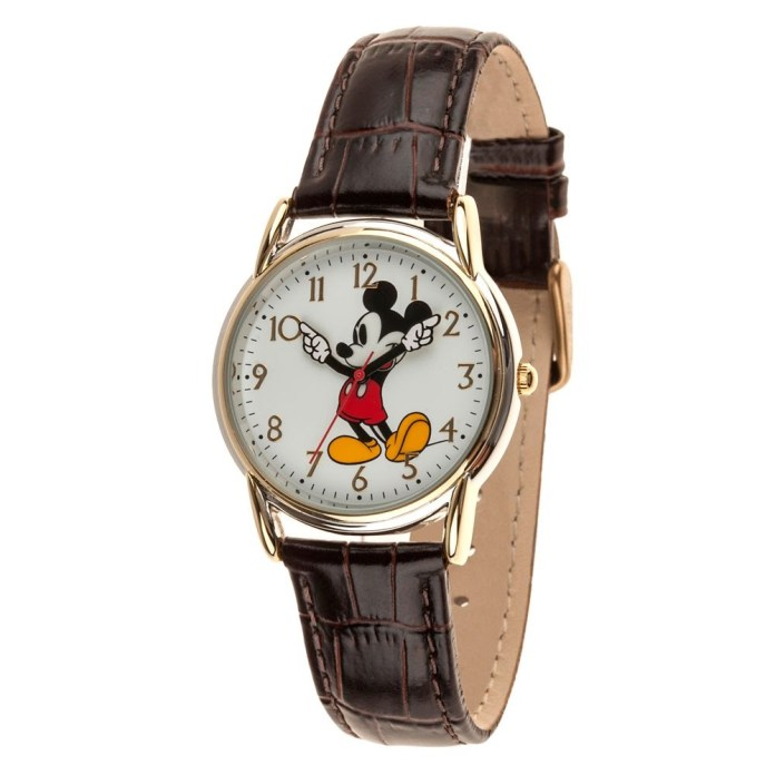 Classic Mickey Mouse watch for men - Disney collection