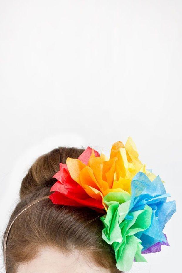 DIY-Rainbow-Fascinator
