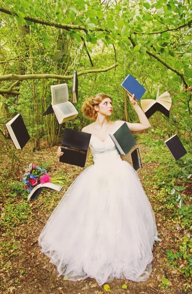 DIY-Alice-in-Wonderland-Tea-Party-Wedding-Ideas-19-1