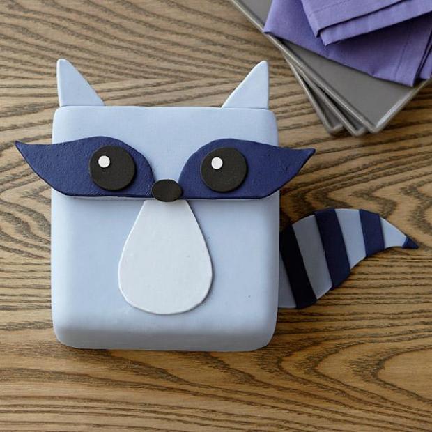 Raccoon-Bandit-Cake-large