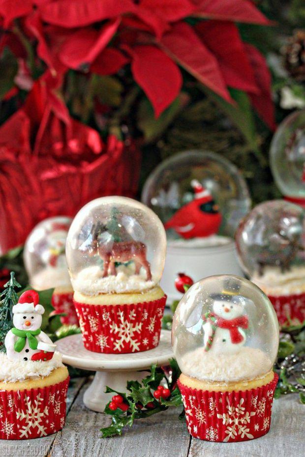 snowglobe-cupcakes-10