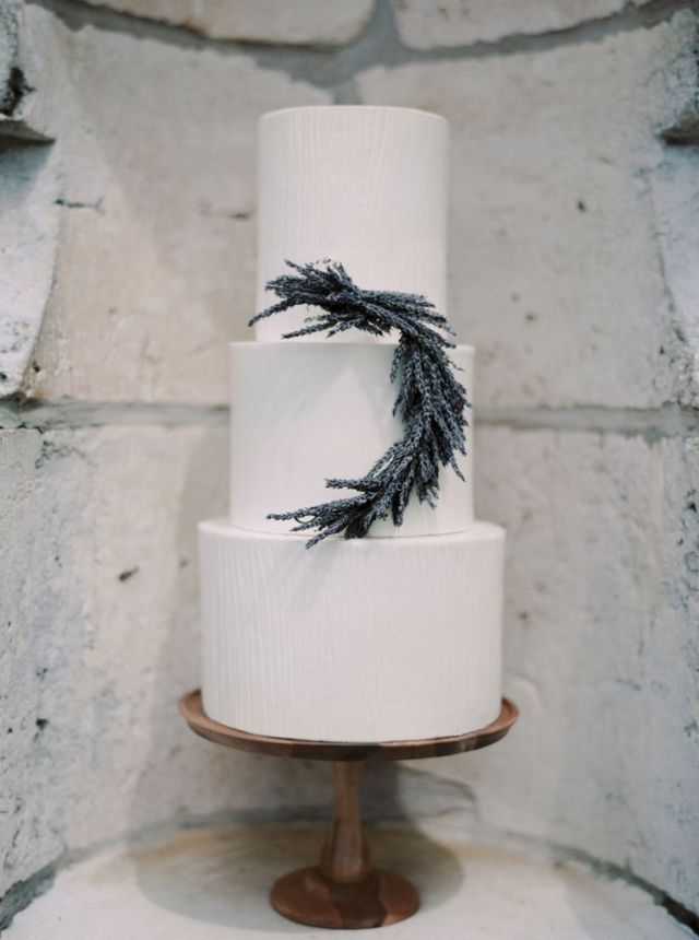 spanish-monastery-ethereal-lavender-inspiration-melanie-gabrielle-photography-1
