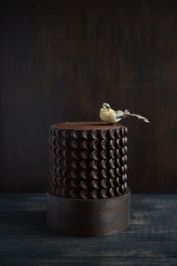 25.-chocolate-bird-cake-700x1055