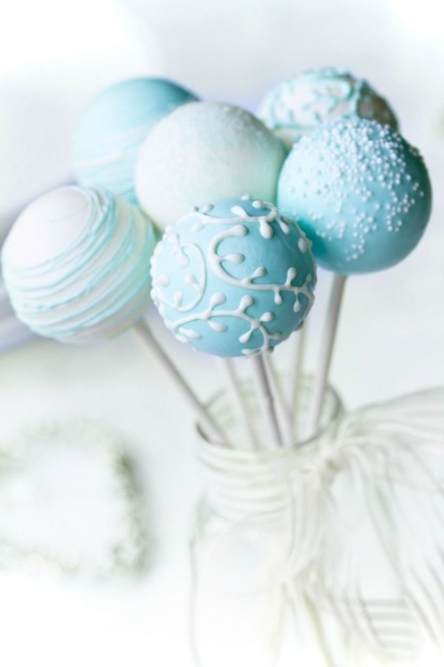 boy-baby-shower-cake-pop-ideas-094