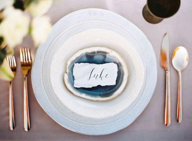 neutral+wedding+place+cards.jpeg