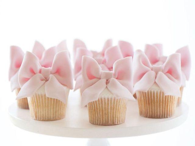 pink-ribbon-cupcakes.jpg