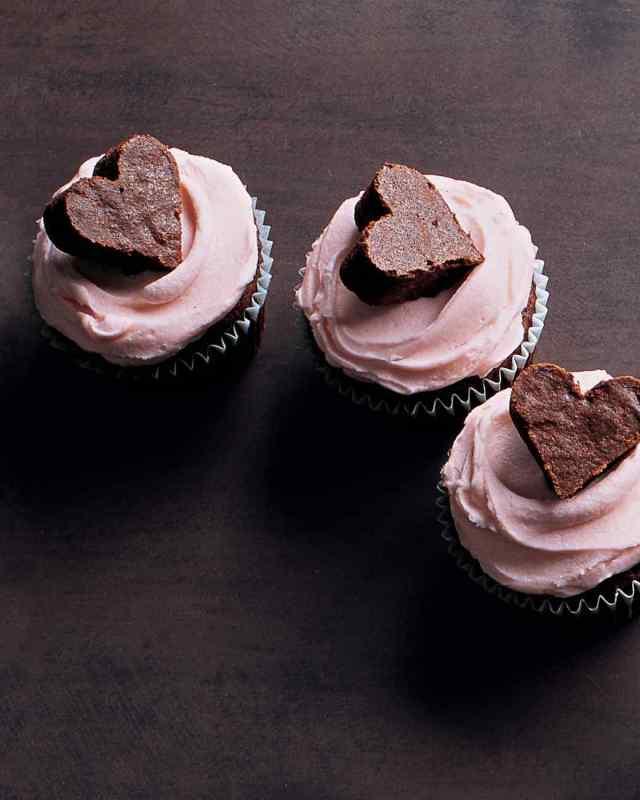 la104524_0209_brownie_heart_vert-1