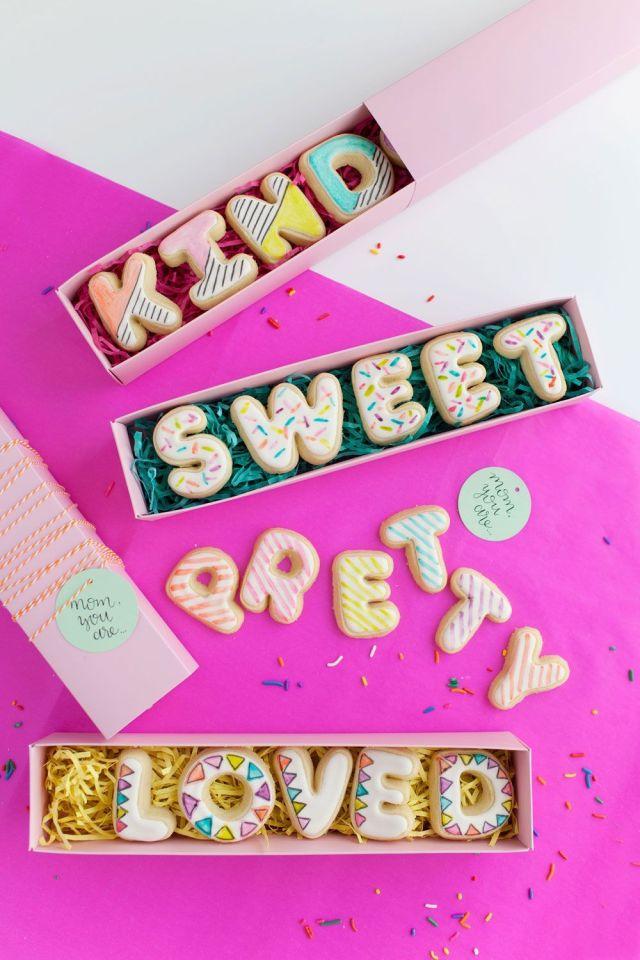 mothers-day-cookies-web.jpg
