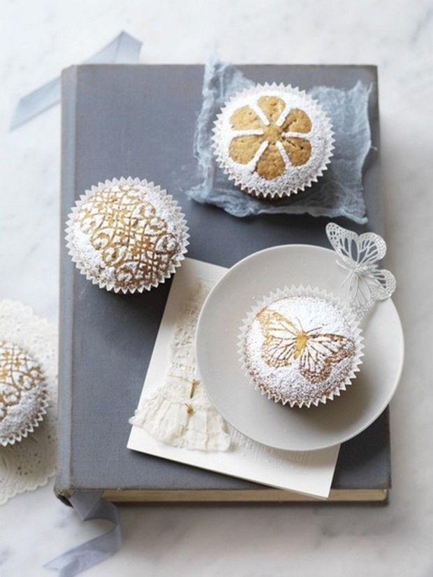 pretty-powdered-cupcakes.jpg