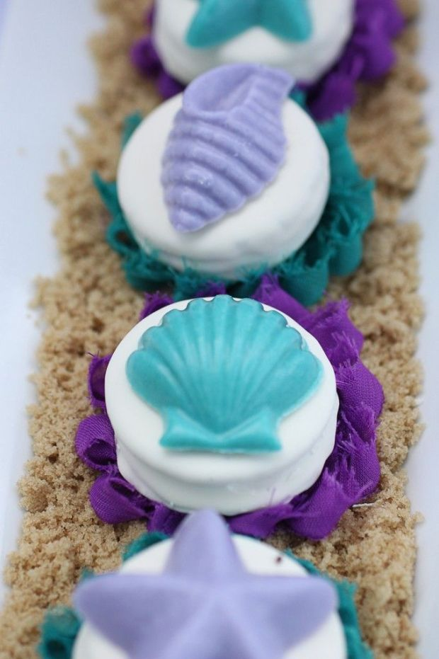 Little-Mermaid-Party-Chocolate-Covered-Oreos-9