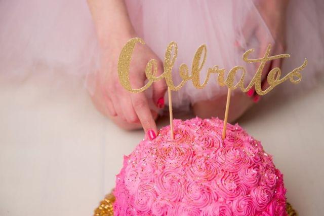 Adult-Cake-Smash-Birthday-Photos (2).jpg