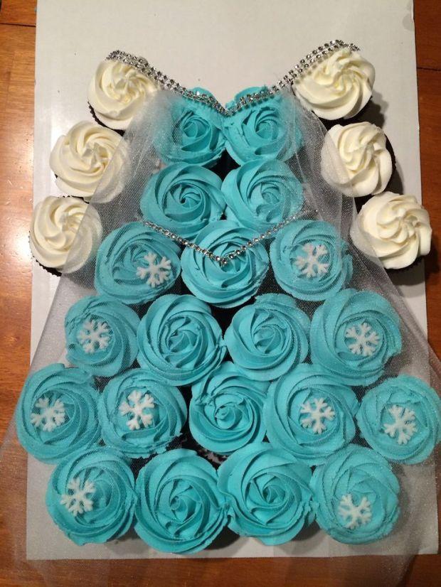 Elsa-dres-cupcake-cake