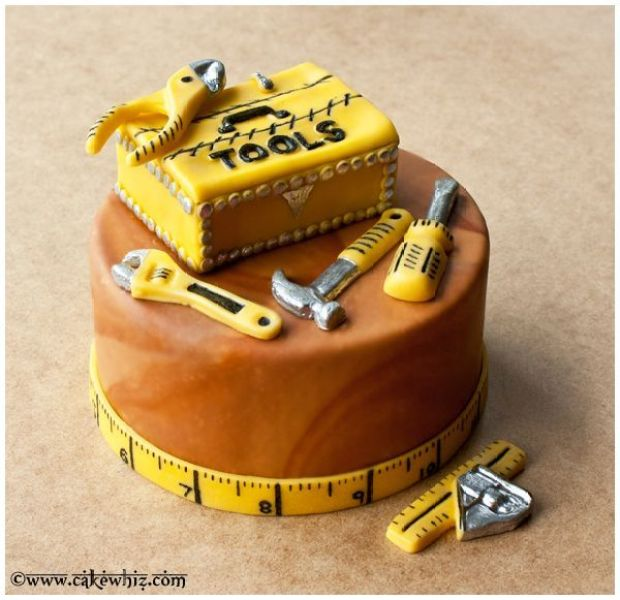 tool+box+cake+for+father's+day+01.jpg