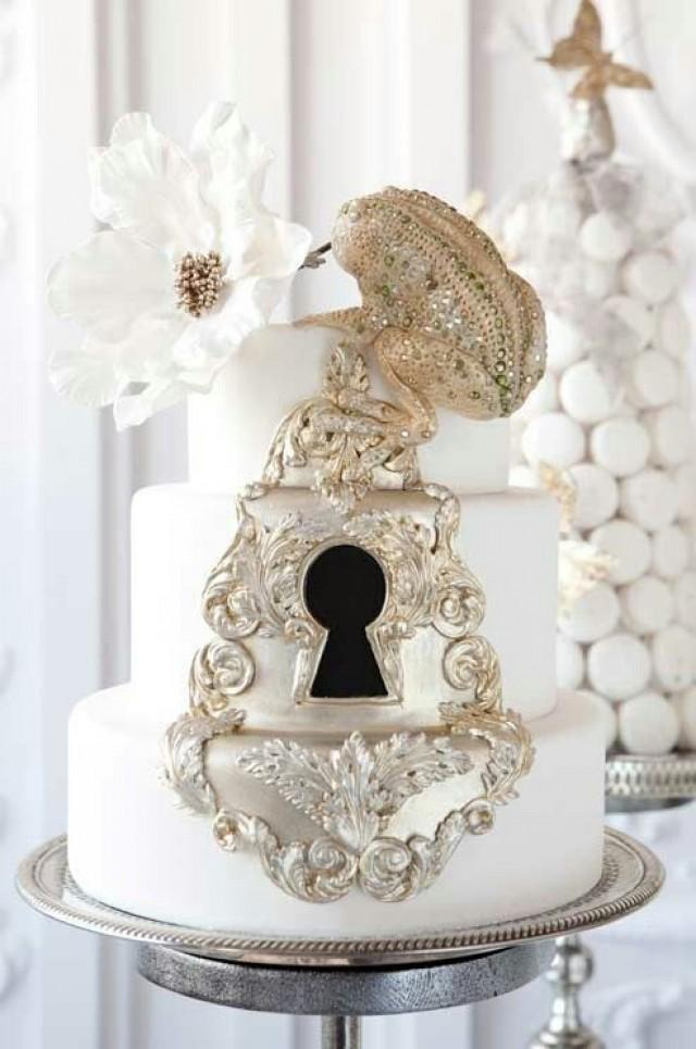 wedding-cake-lock-and-key.jpg
