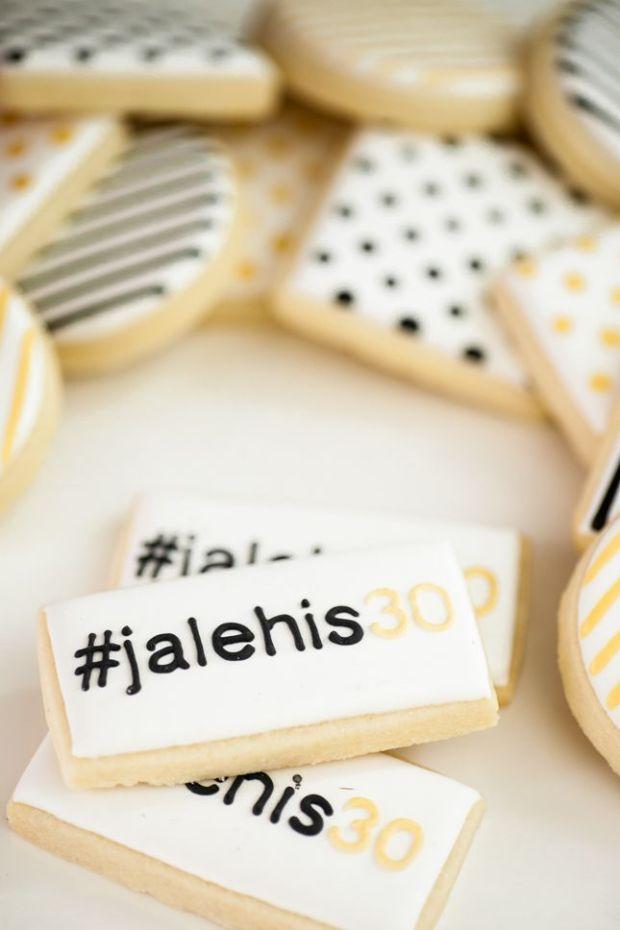 hash-tag-cookies.jpg