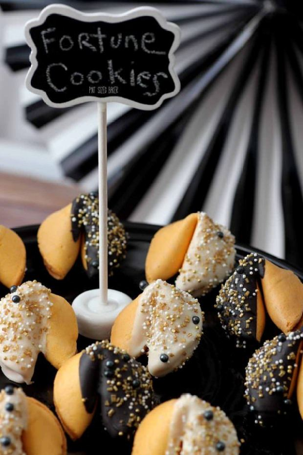 New-Years-Fortune-Cookies-5-600x900.jpg