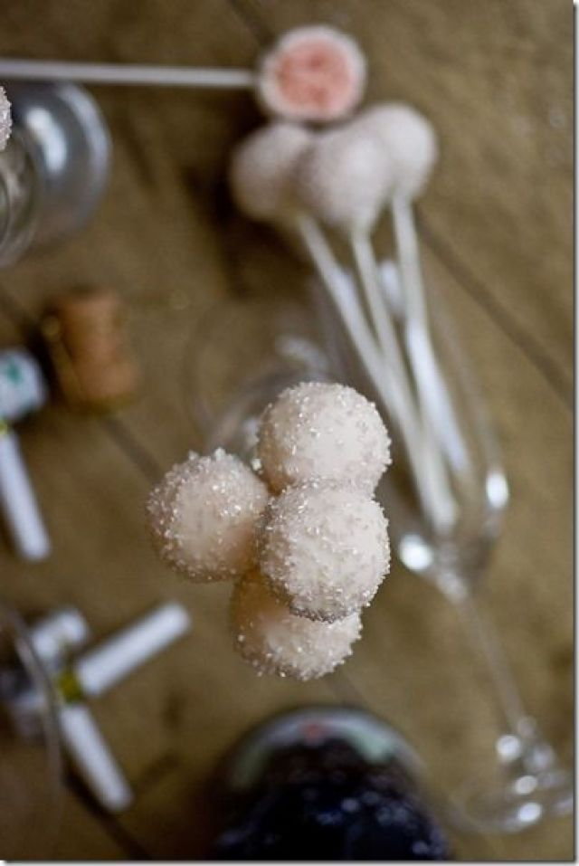Pink-Champagne-Cake-Pops-23_small_thumb.jpg