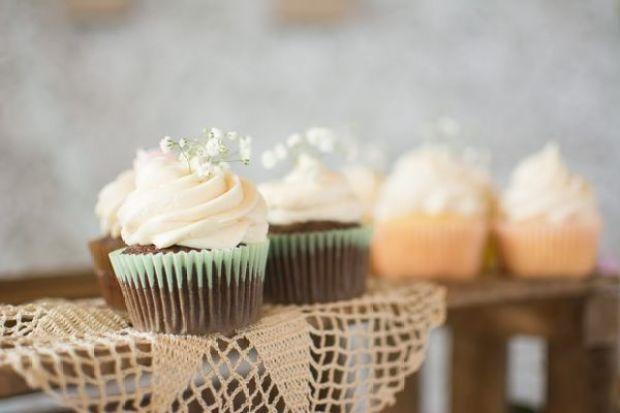 babys-breath-cupcakes