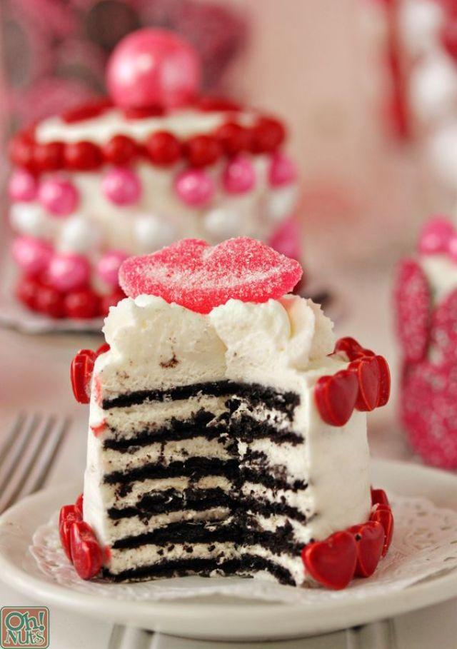 valentines-day-mini-cakes-13