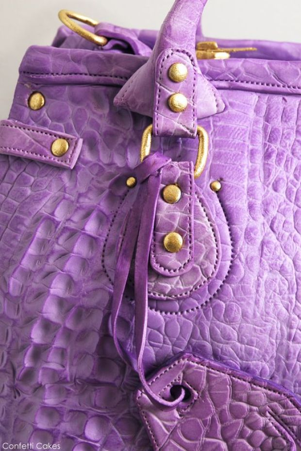 leather_purse_cake_2.jpg